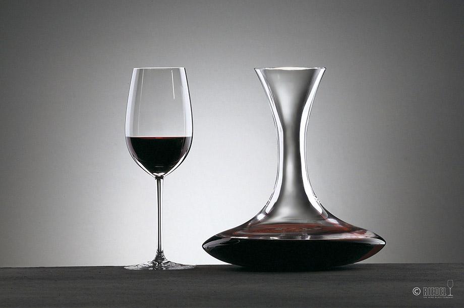 <リーデル>家飲みワインを今よりもっと味わい深く!デキャンタージュの秘密とは