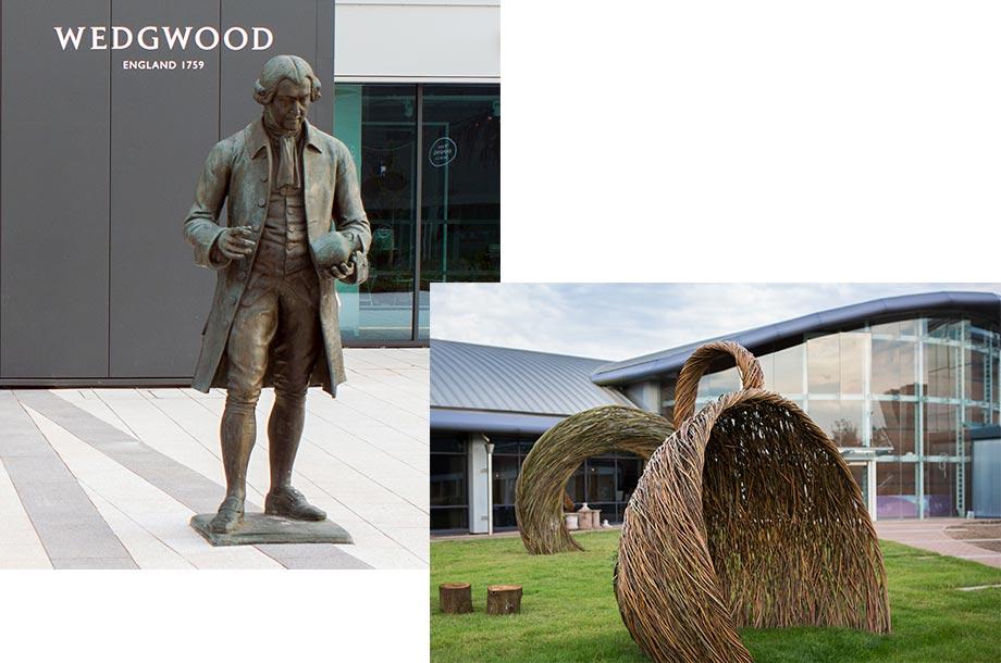 """""""英国陶工の父""""と称されるジョサイア・ウェッジウッドの銅像と建物の画像"""