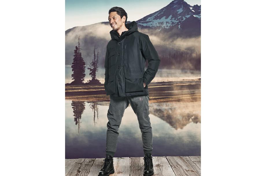 <ウールリッチ>マウンテンジャケットとパンツの画像
